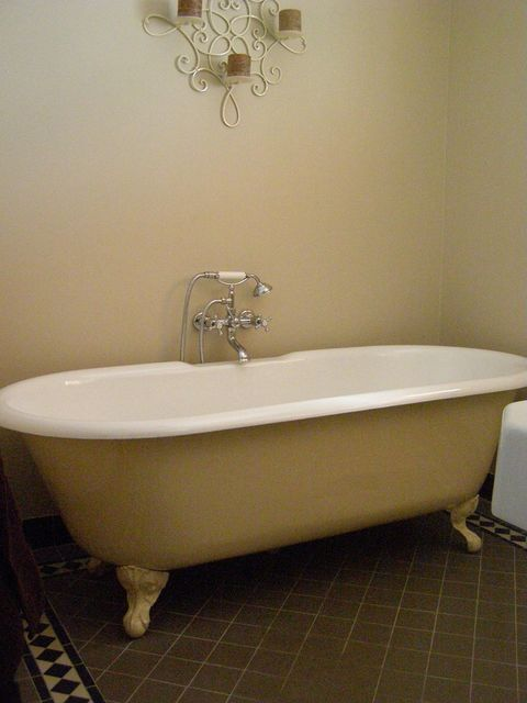 Cost-Effective Bathtub Resurfacing Sydney, Melbourne, Perth ...